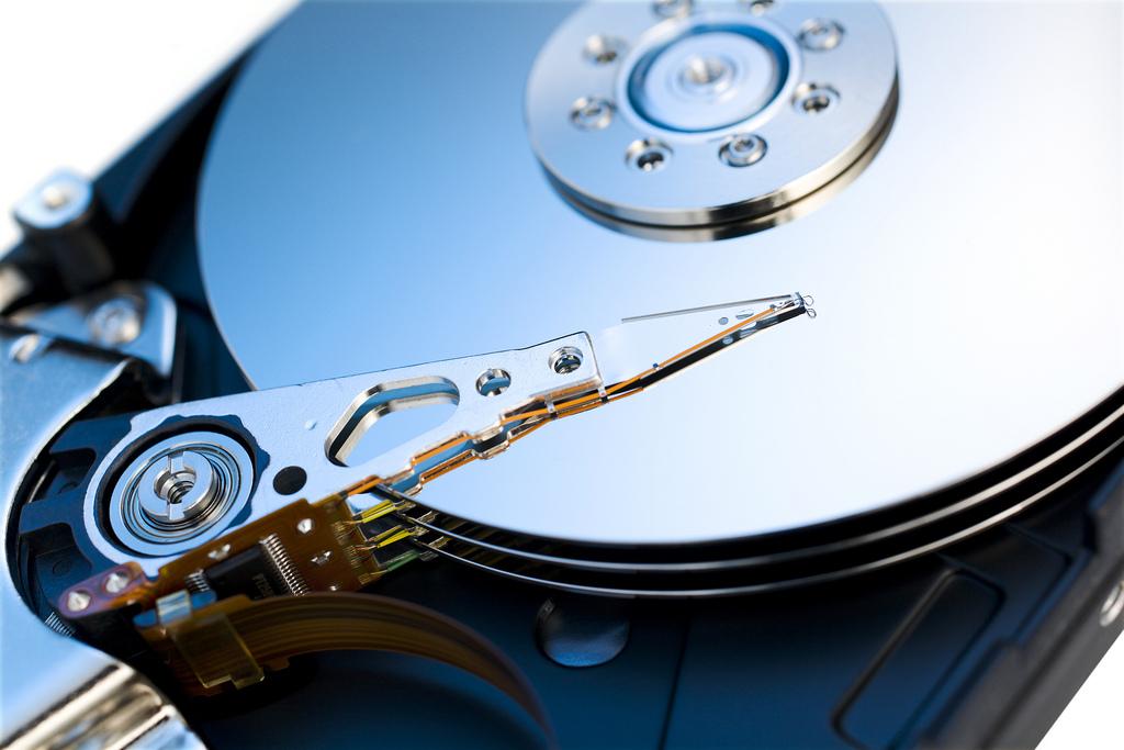 Odzyskiwanie danych z HDD zalany oddaj do serwisu. post thumbnail image